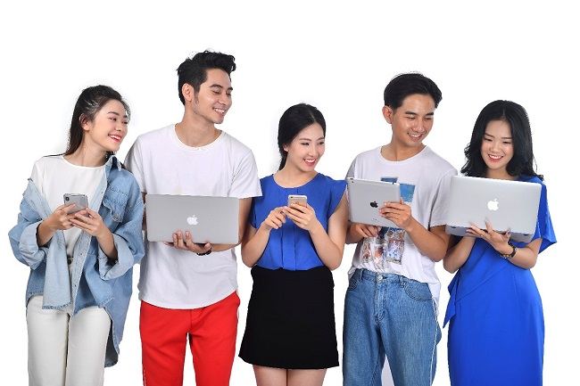 Thích ứng nhanh với chuyển đổi số: Những người trẻ 'đi trước thời đại'